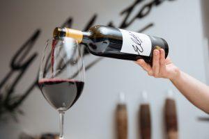 What temperature to serve wine?